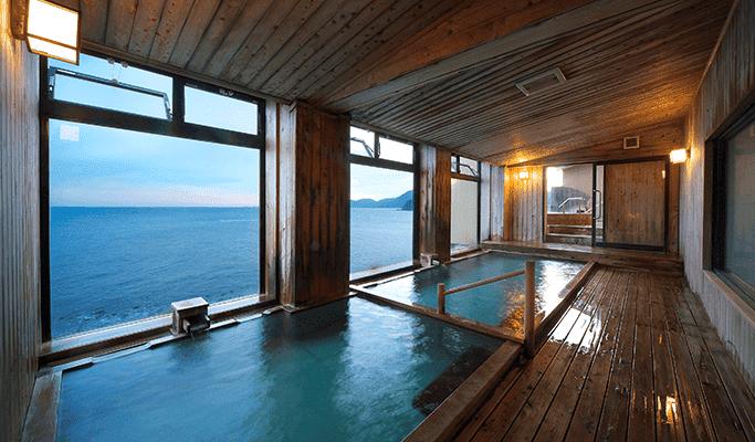 石花海 大浴場